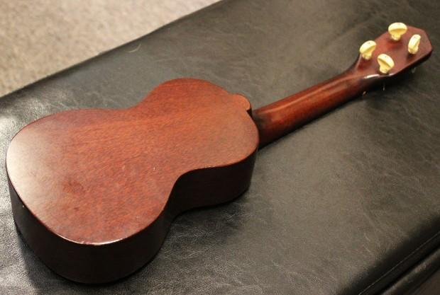 Vintage Gibson UKE-1 Soprano Ukulele
